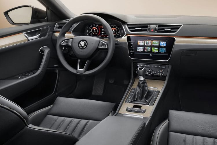 Skoda Superb Hatch 5Dr 2.0 TSi 190PS SE L 5Dr DSG [Start Stop] inside view